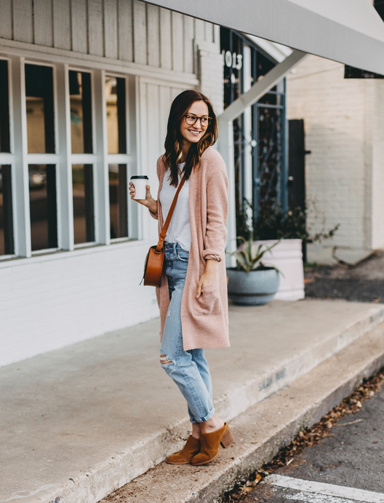 livvyland-blog-olivia-watson-austin-texas-fashion-blogger-spring-transition-wardrobe-pieces-madewell-blush-cardigan-tan-mules-9