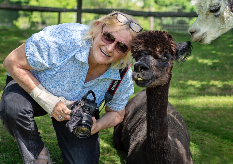 linda and alpaca faraway farms 6.16.18 resized